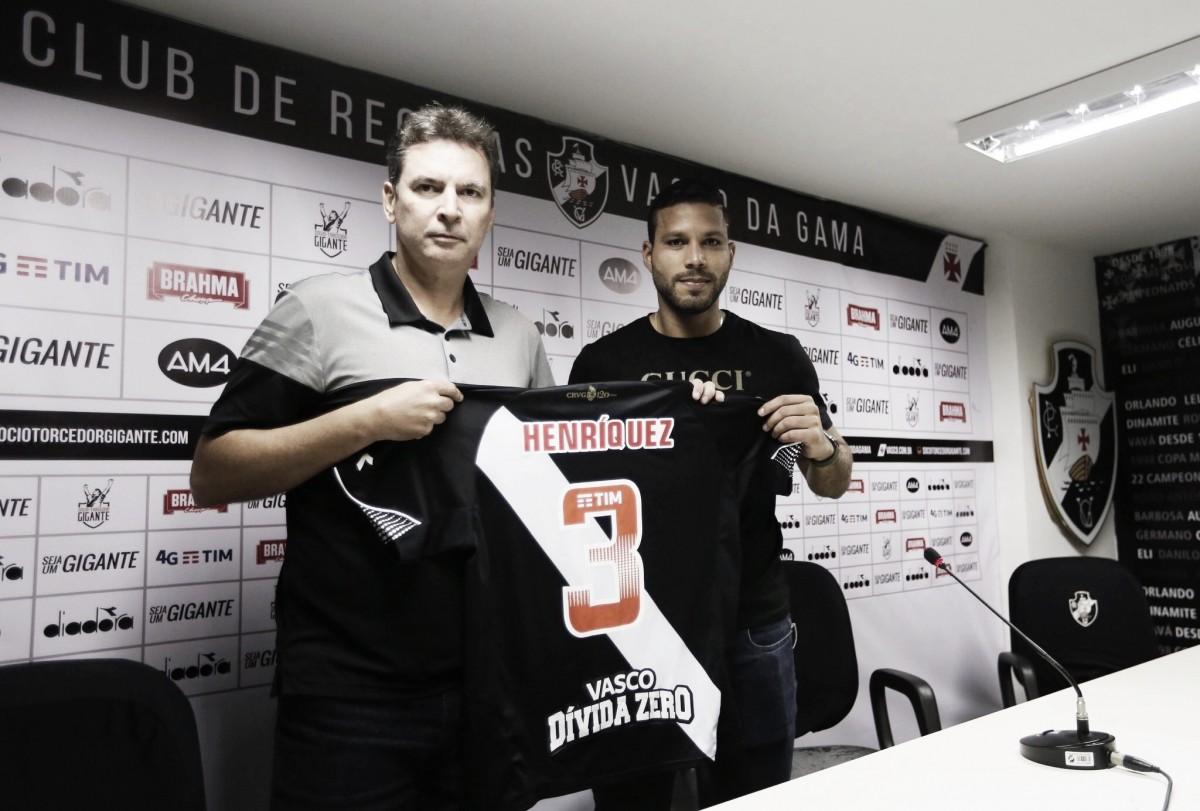 Apresentado, Oswaldo Henríquez revela ansiedade para estrear pelo Vasco
