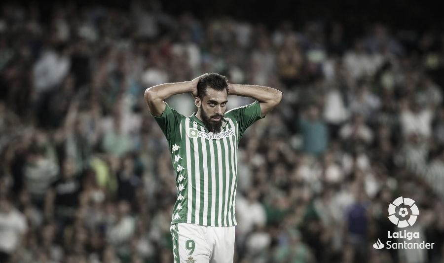 Emocionante partido entre Betis y Eibar para abrir la jornada