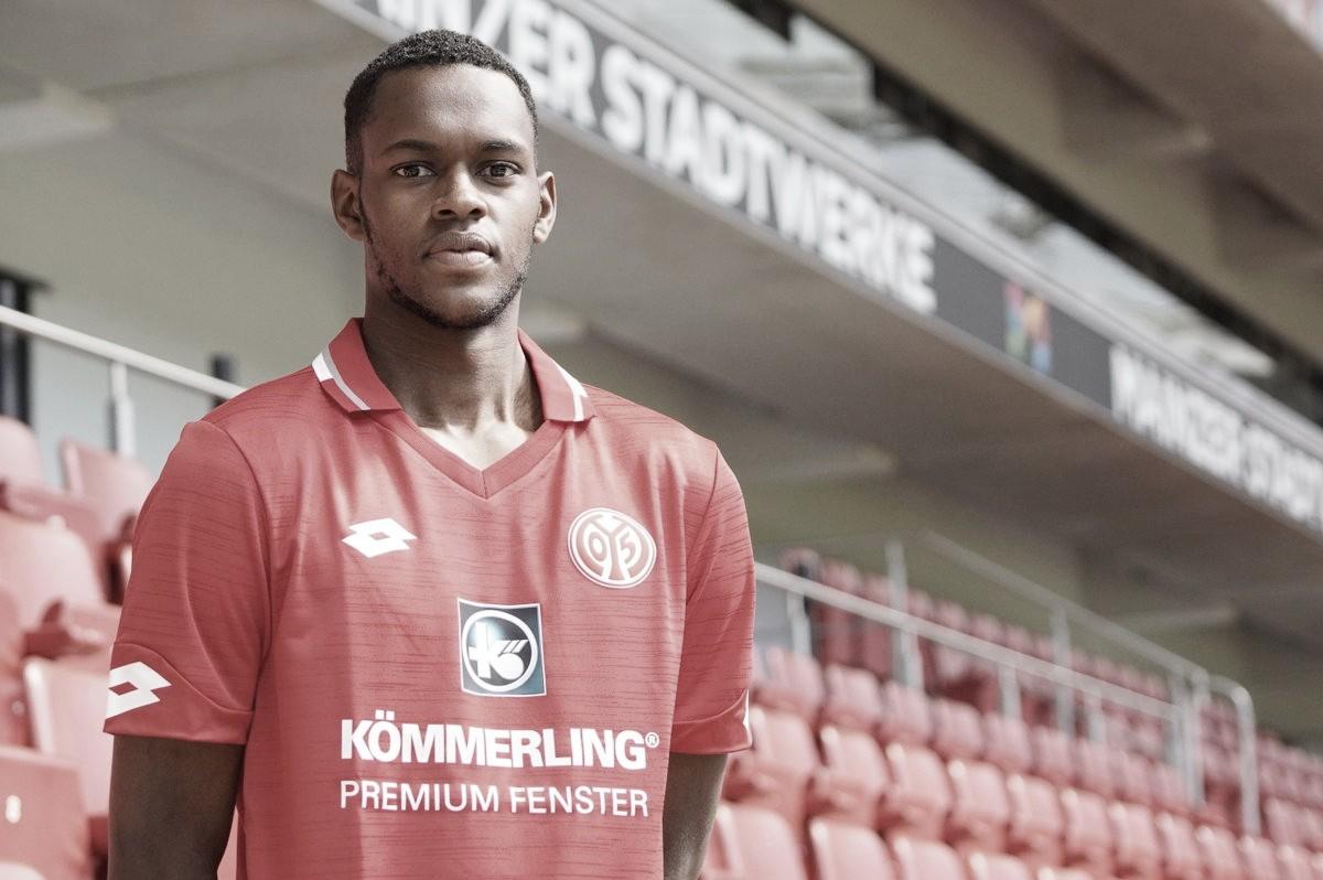 Edimilson Fernandes, ex-Fiorentina, é o novo reforço do Mainz 05
