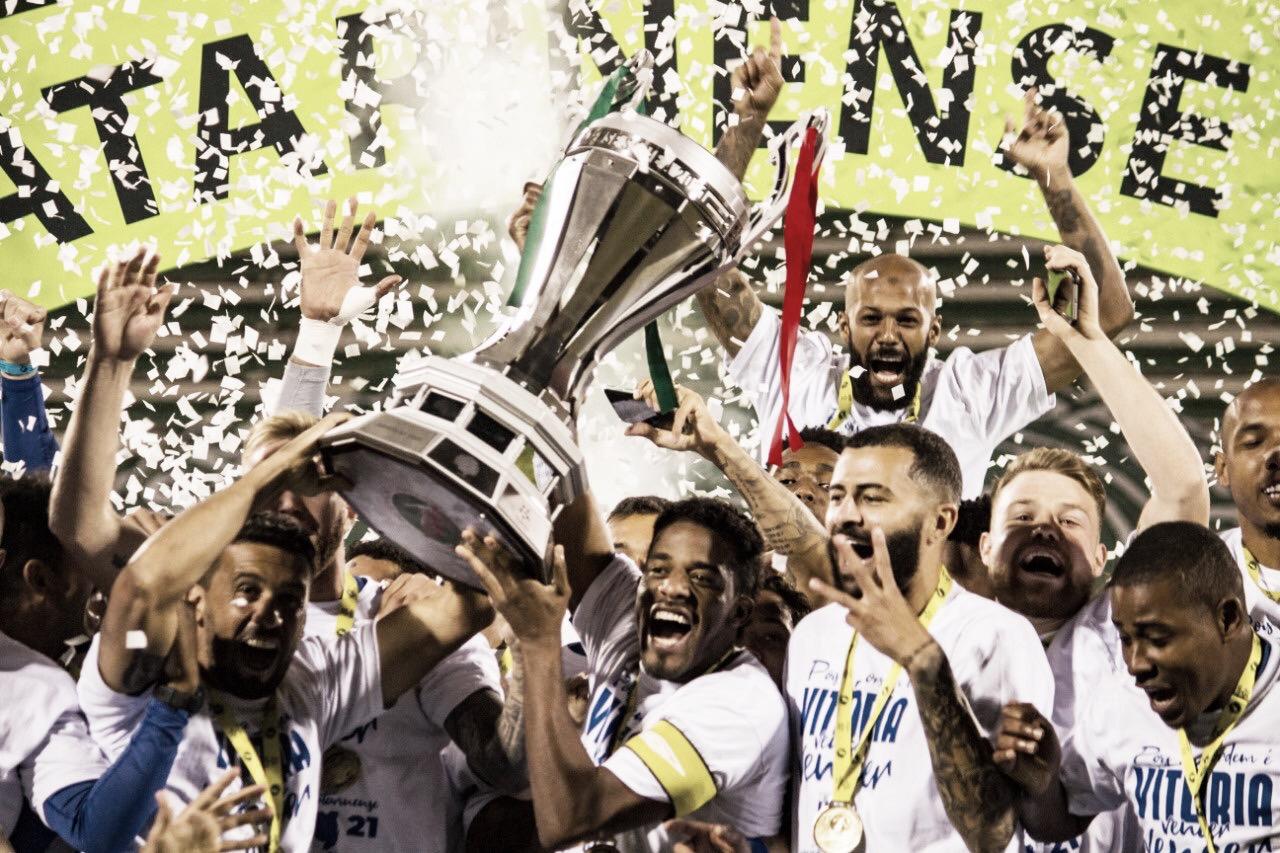 Festa azul! Avaí empata com Chapecoense e conquista 18º título catarinense