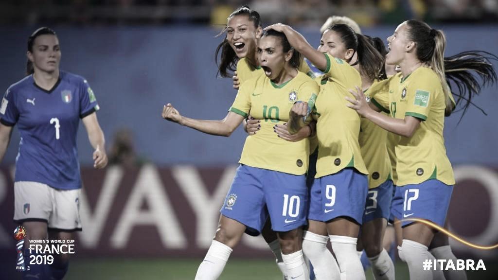 Marta entra para história, Brasil vence Itália e vai às oitavas da Copa do Mundo