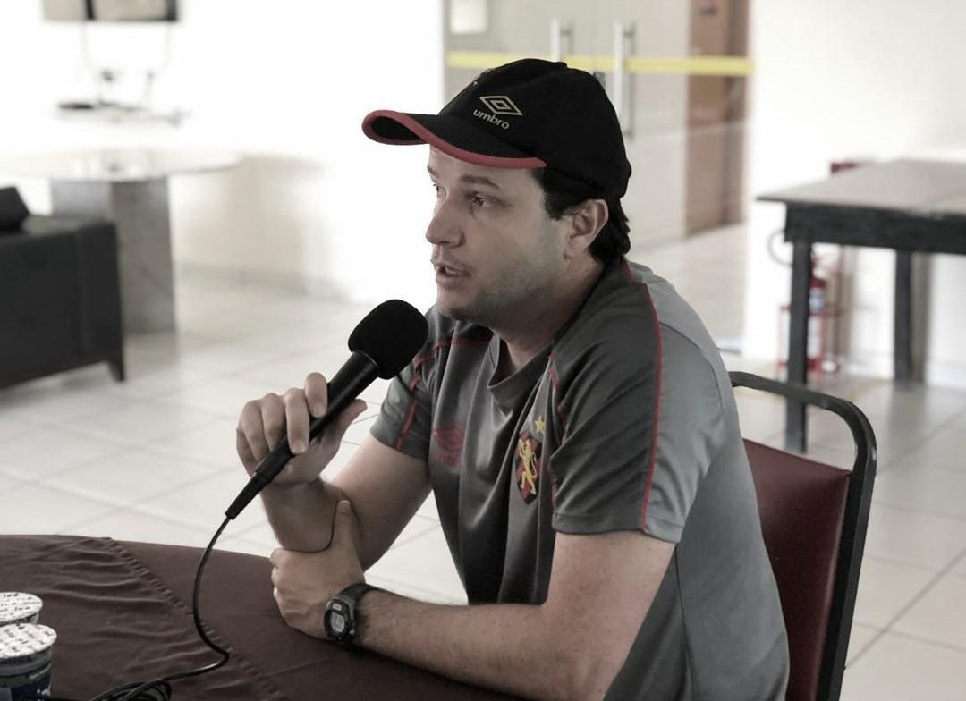 """Técnico do Sport, Daniel Paulista valoriza vitória diante do Santa Cruz: """"Importante para dar moral"""""""
