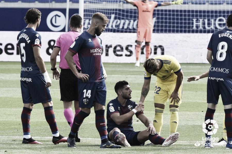 El Cádiz le da un gran toque de atención a la SD Huesca