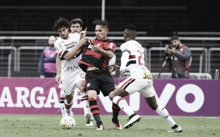 Com boas atuações dos goleiros, São Paulo e Flamengo empatam sem gols no Morumbi