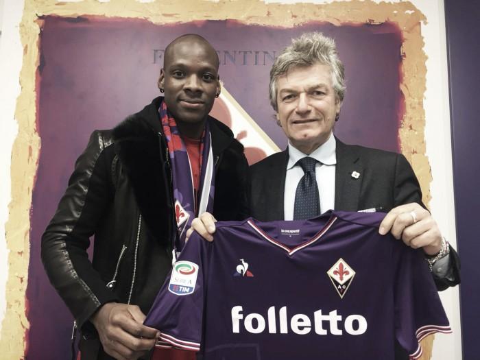 Fiorentina anuncia contratação de meio-campista Bryan Dabo, do Saint-Étienne