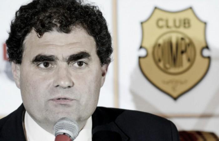"""Dagna: """"Si Independiente quiere a Figal, me tiene que dar los jugadores que necesito"""""""
