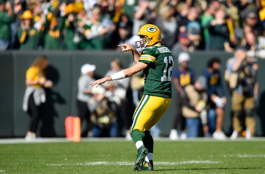 Green Bay Packers 42- 24 Oakland Raiders: Rodgers hits Raiders for Six TD's in statement making victory