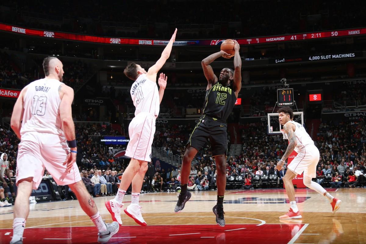 NBA - Crollano Heat e Wizards, Pistons ok all'overtime, vittorie esterne per Sacramento e Charlotte