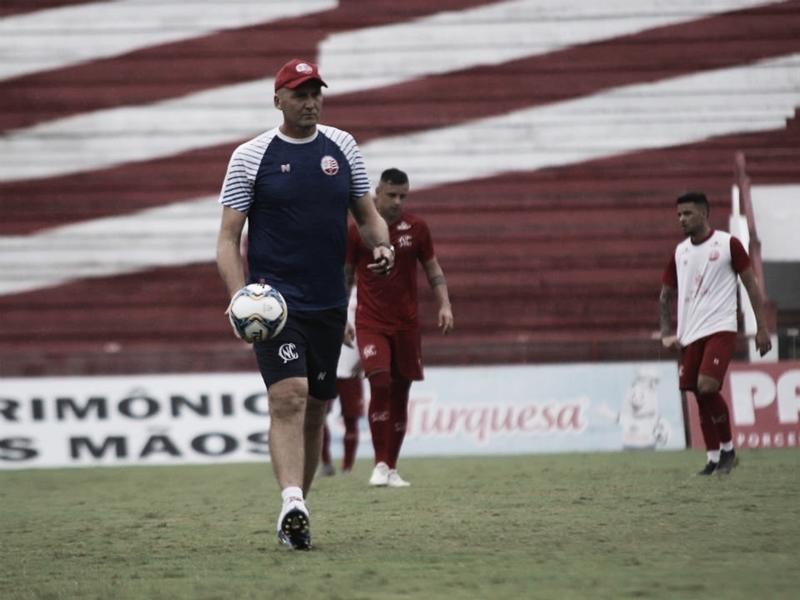 Após título da Série C, Náutico confirma renovação do técnico Gilmar Dal Pozzo para 2020