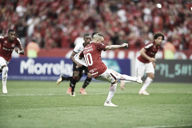 Árbitro relata na súmula agressividade de jogadores e comissão técnica do Vitória