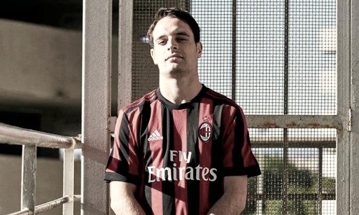 Milan, presentata la maglia per il prossimo anno: tradizione e innovazione