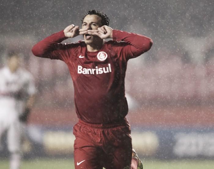Bom filho à casa torna: atacante Leandro Damião está de volta ao Inter por empréstimo