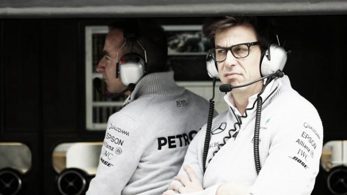 Chefe da Mercedes critica novas regras da Fórmula 1