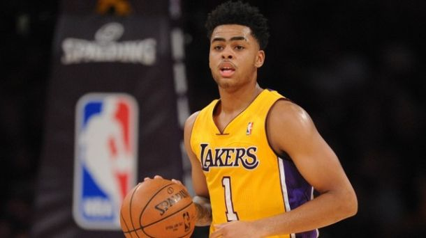 Should Los Angeles Lakers Play D'Angelo Russell Off The Bench?
