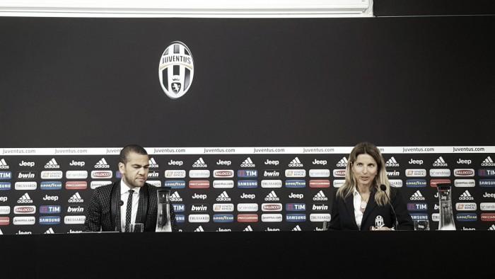 """Juventus, si presenta Dani Alves: """"Qui per aiutare il club a coronare il sogno Champions League"""""""