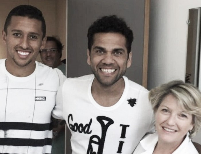 PSG vence concorrência do Manchester City e acerta contratação de Daniel Alves