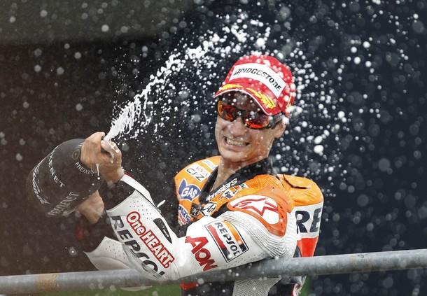 Sachsenring: vince Pedrosa, caduta per Stoner