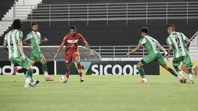 Atacante Daniel Amorim acerta rescisão e se despede do CRB sem marcar gols