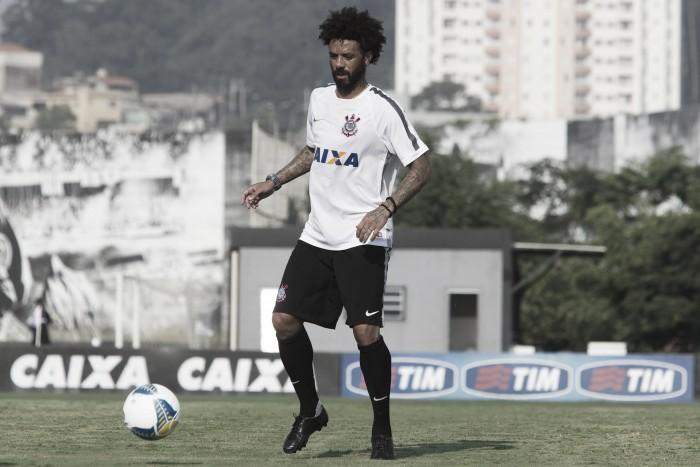 """Cristian comemora vaga no time titular e afirma: """"Espero ter continuidade"""""""