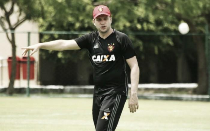 Daniel aposta em manutenção de time titular do Sport mesmo após goleada sofrida