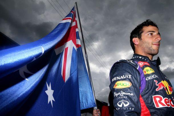 Spa, strepitoso Ricciardo trionfa, è guerra in Mercedes. Ottimo Raikkonen, 4°