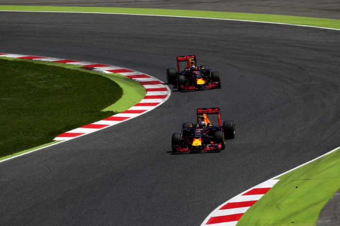 F1, continua la collaborazione tra Red Bull e Renault per la fornitura motori