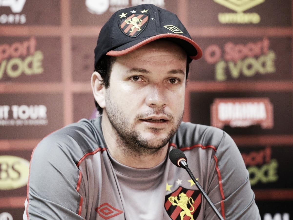Sport anuncia demissão do técnico Daniel Paulista