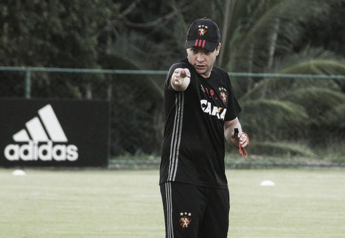 """Daniel Paulista revela desapontamento após empate: """"Não é o que nós esperávamos"""""""