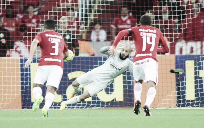 Danilo Fernandes destaca luta contra rebaixamento após atuação inspirada