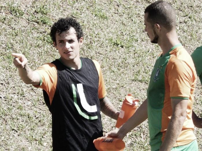 Atacante Danilo Dias se diz pronto para estrear pelo América-MG