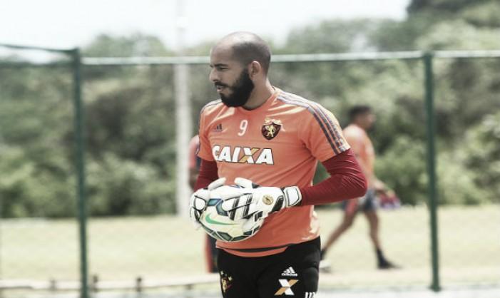 Danilo Fernandes lamenta perda do estadual e confirma saída do Sport