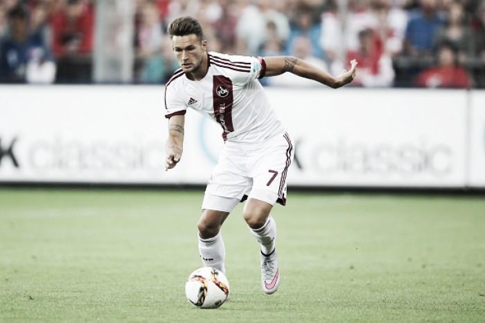 Ex Nuremberg, atacante Danny Blum é anunciado no Frankfurt por uma temporada