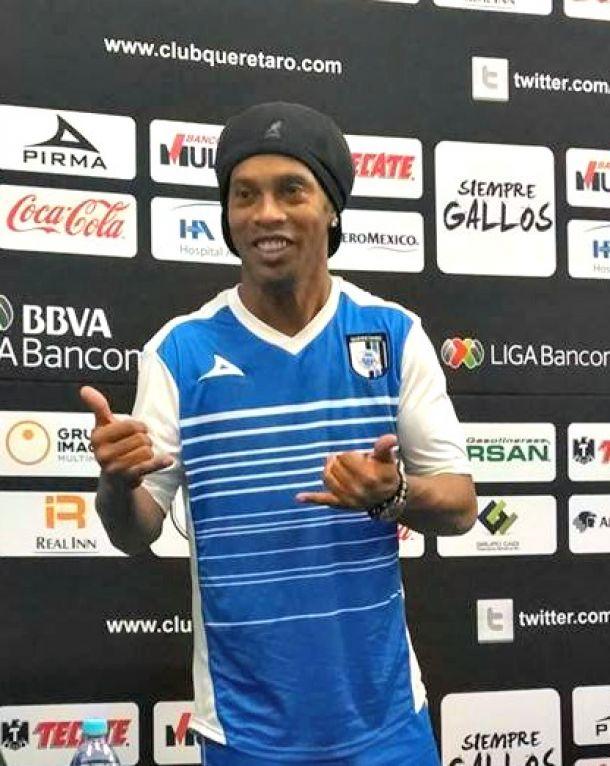 """Ronaldinho: """"Quiero hacer historia con Querétaro"""""""