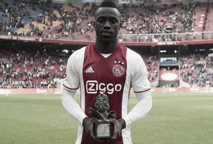 Davinson Sánchez fue elegido como el mejor jugador de la temporada en la Liga holandesa