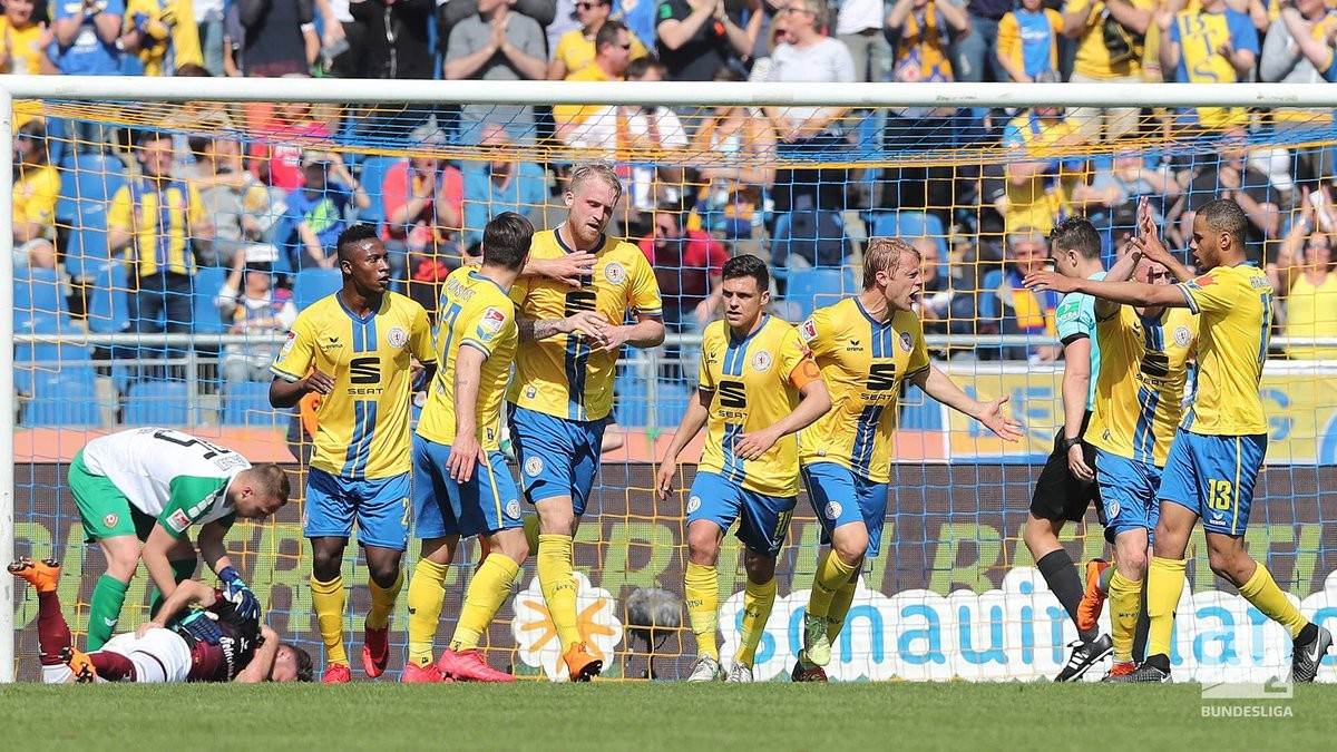 Eintracht Braunschweig 1-1 Dynamo Dresden: Points shared as both sides fail to move out of danger