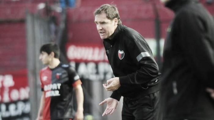 Darío Franco dejó de ser el técnico de Colón