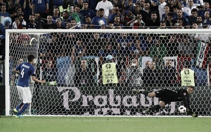 Manchester United international watch: Schweinsteiger's Germany triumph over Darmian's Italy
