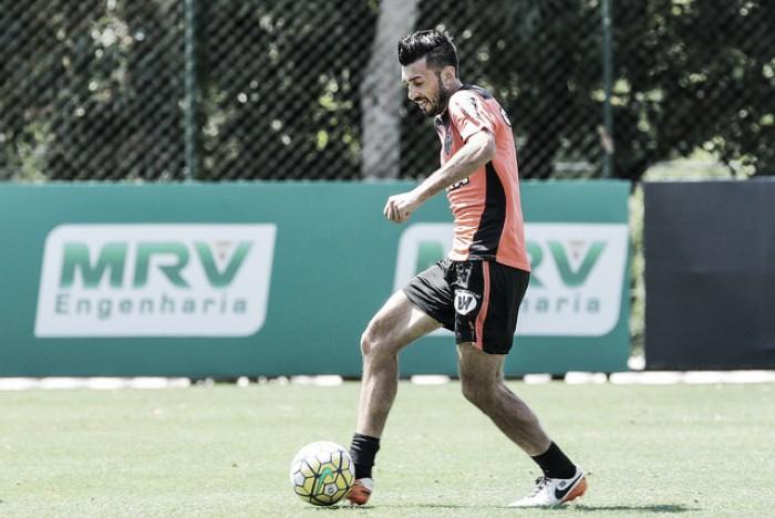 Depois de 68 dias, Dátolo volta a ser relacionado para jogo no Atlético-MG