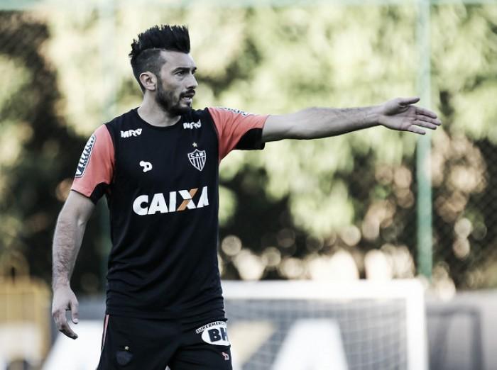 Após um mês sem jogar, Dátolo volta a ser opção no Atlético-MG