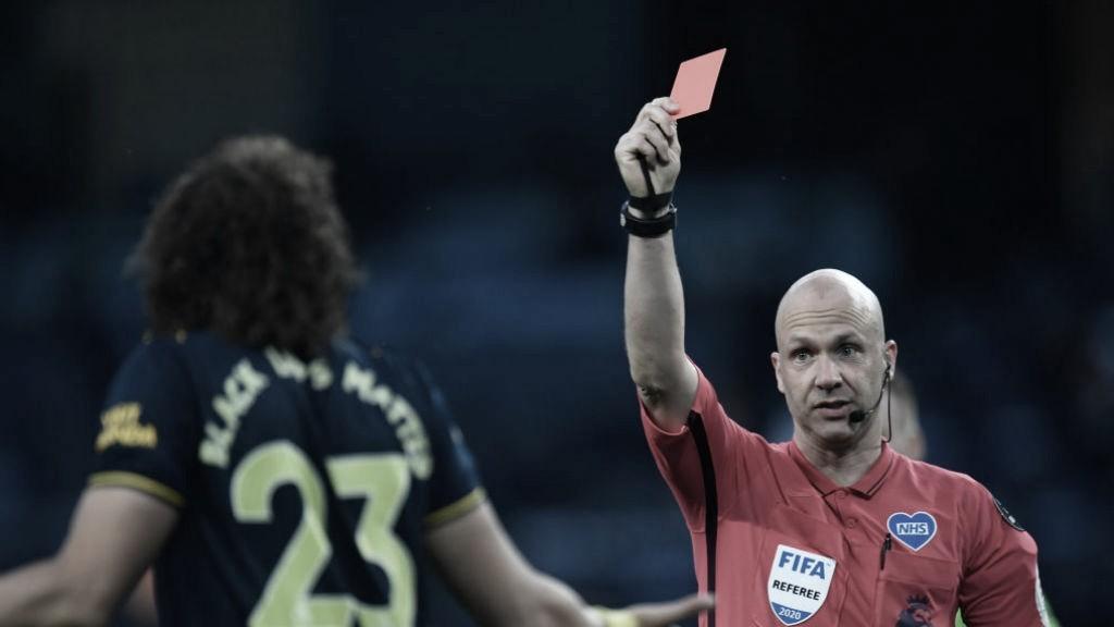 """David Luiz admite falhas em derrota para o City: ''Não foi culpa do time, foi minha culpa"""""""