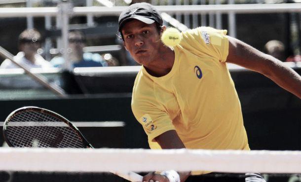 Em cinco horas de jogo, Feijão vence Berlocq e Brasil sai na frente da Argentina na Copa Davis
