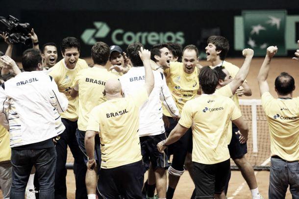 Brasil vence Espanha de virada e se classifica para o Grupo Mundial da Copa Davis