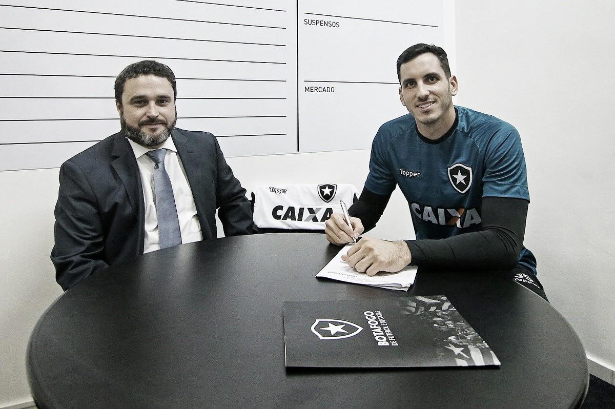 Vínculo estendido: Gatito Fernández renova com Botafogo até 2021