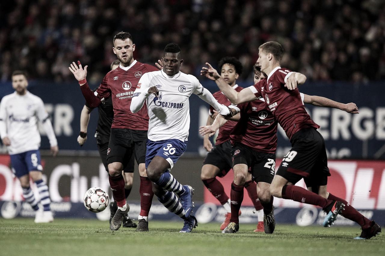Gols anulados e pênalti perdido marcam empate entre Nürnberg e Schalke 04