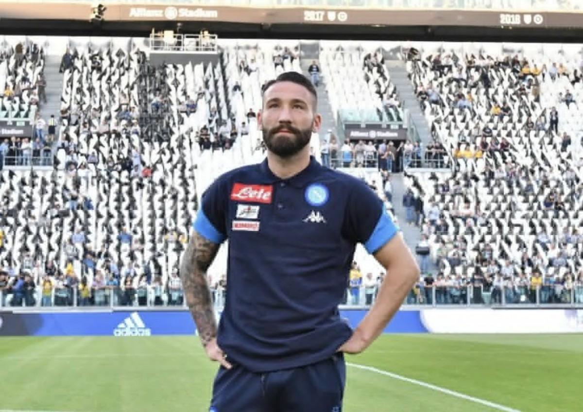 Parma: ufficiale Bruno Alves, si sonda Tonelli. Per l'attacco piacciono Thereau e Petagna
