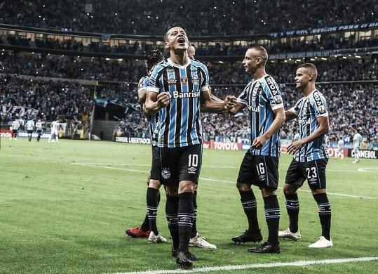 Grêmio goleia Atlético Tucumán e avança às semifinais da Libertadores