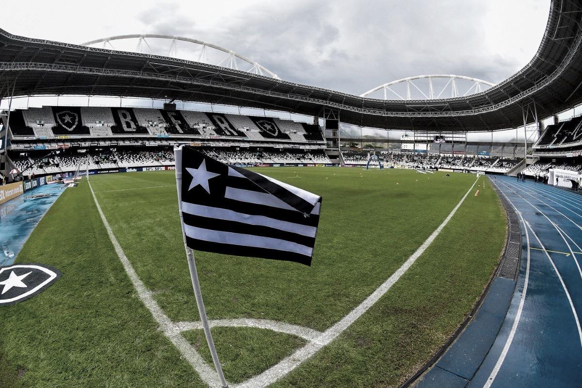 Justiça determina que renda do clássico contra o Vasco vá para ex-goleiro do Botafogo