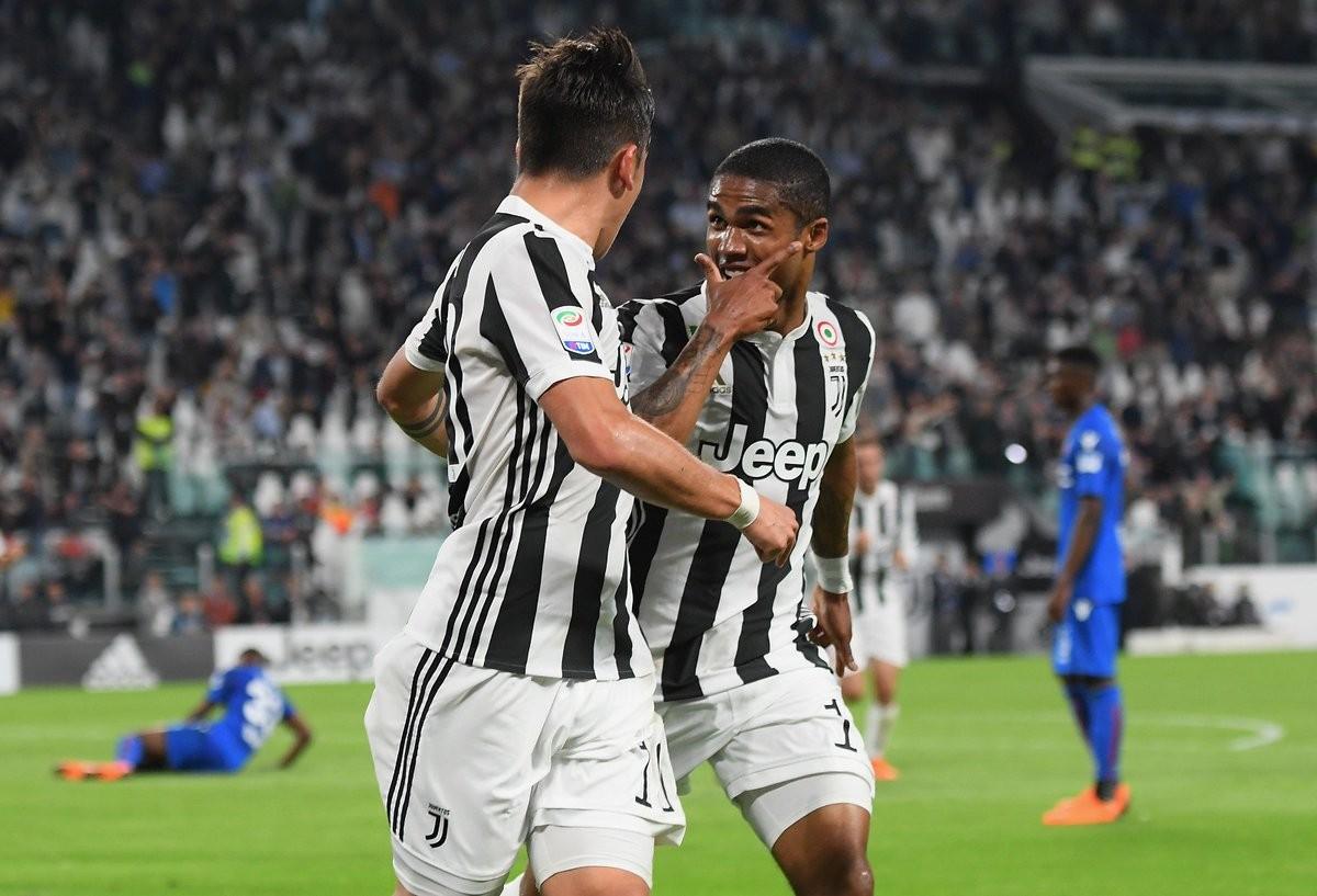 Serie A - Douglas Costa spazza via il Bologna: la Juventus si avvicina allo scudetto