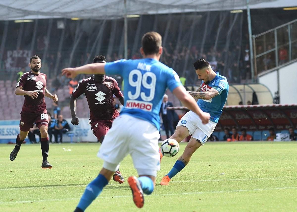 L'ex Mazzarri spegne il sogno scudetto: finisce 2-2 tra Napoli e Torino