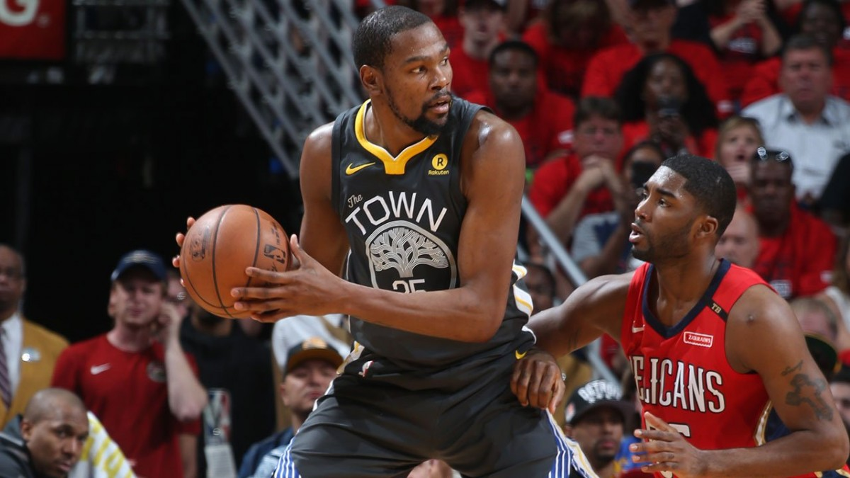 NBA Playoffs - Golden State schiacciasassi: Pelicans asfaltati in gara 4